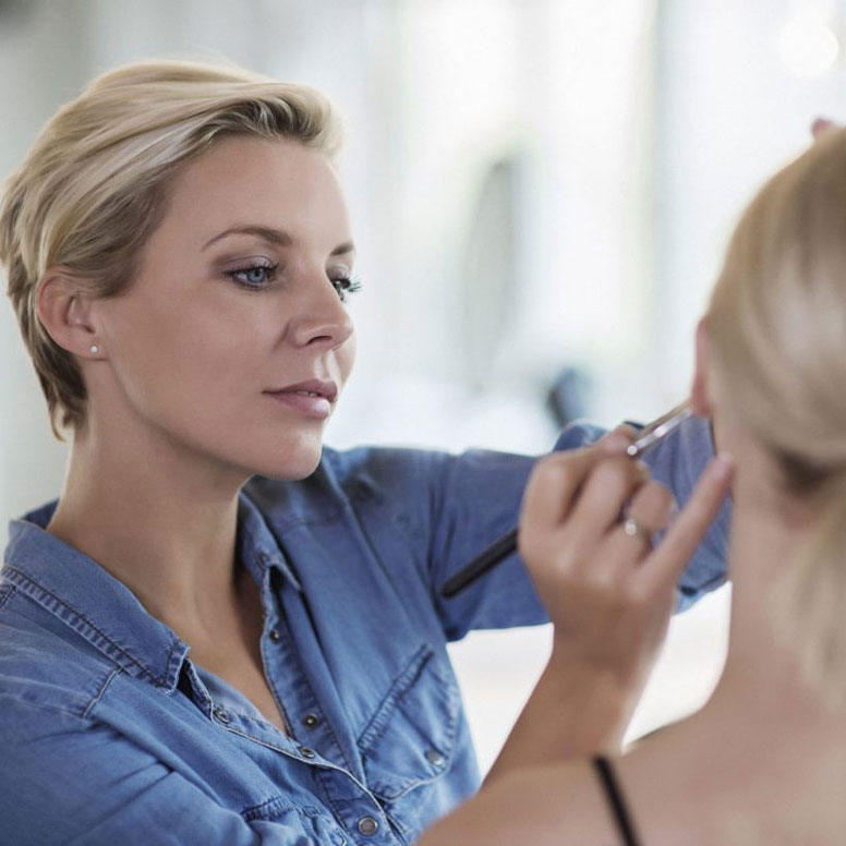 Bridal-Makeup-Academy-Tips-And-Tricks-Articles